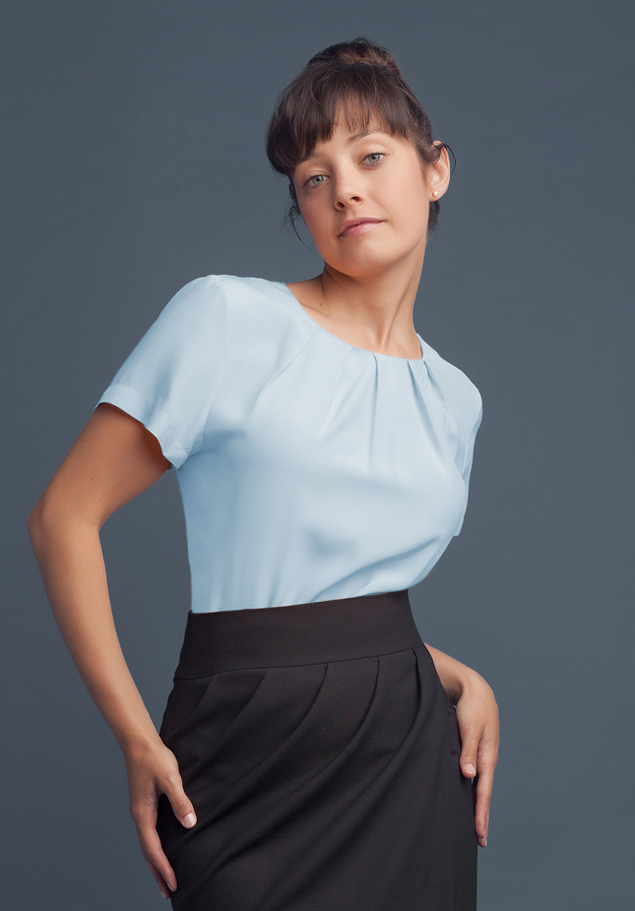 S/S BLOUSE WITH FOLDED NECKLINE