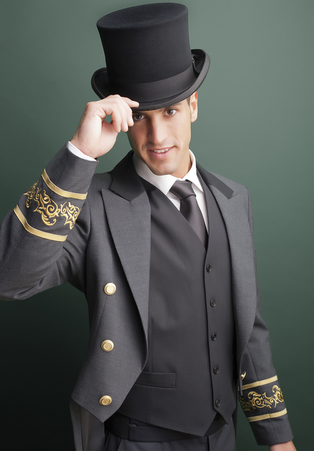 SMEN'S TAILCOAT JACKET WITH EMBROIDERYS