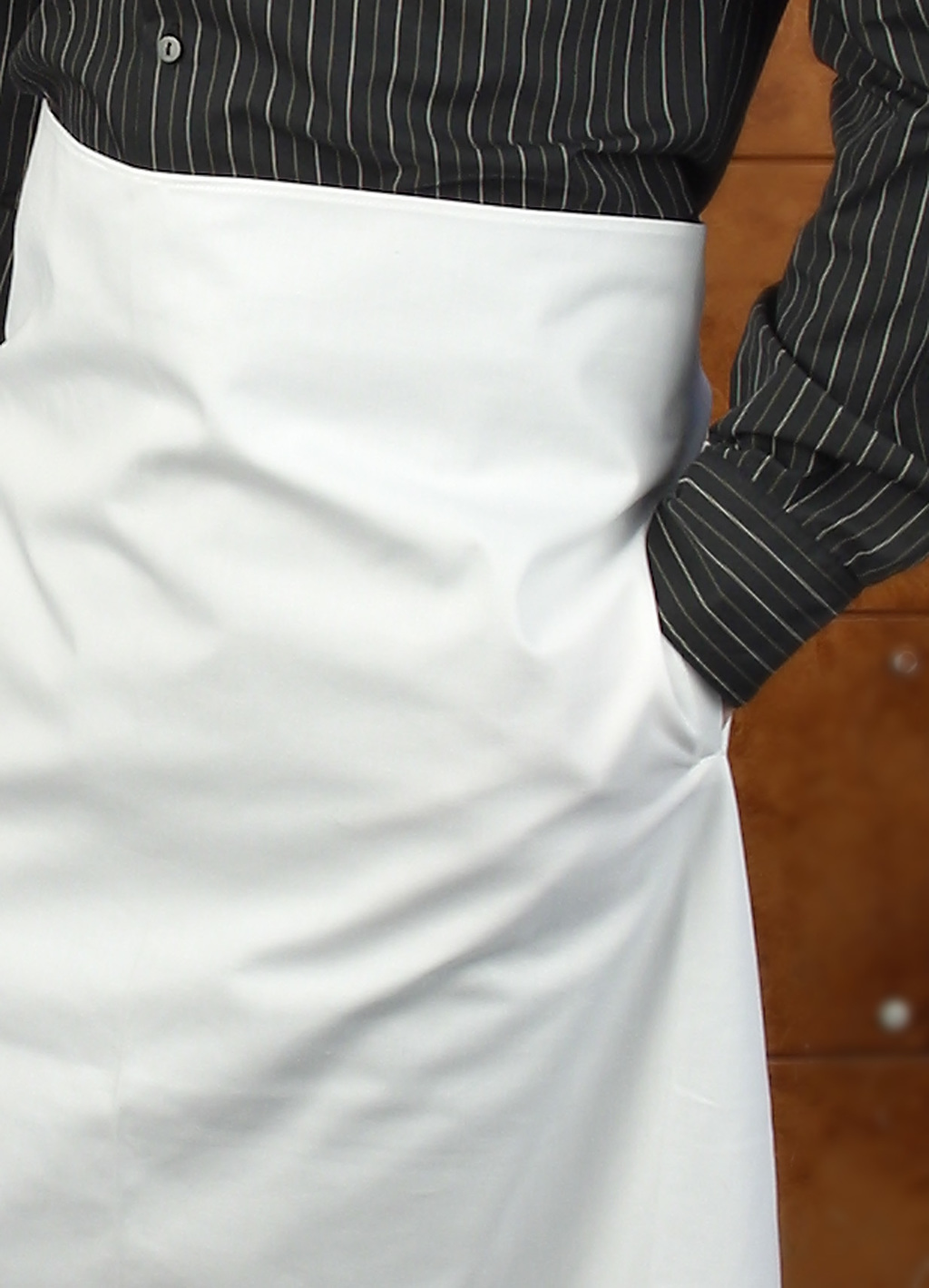 ANTI-STAIN COATED WHITE APRON