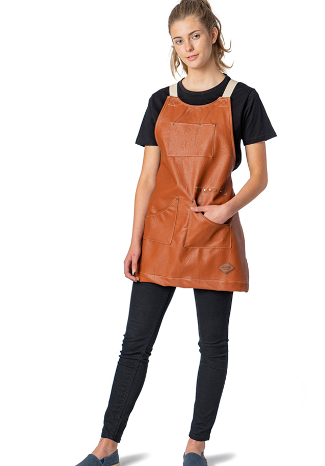 SHORT BIB APRON WITH POCKETS